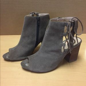 Sole Society taupe block heel bootie